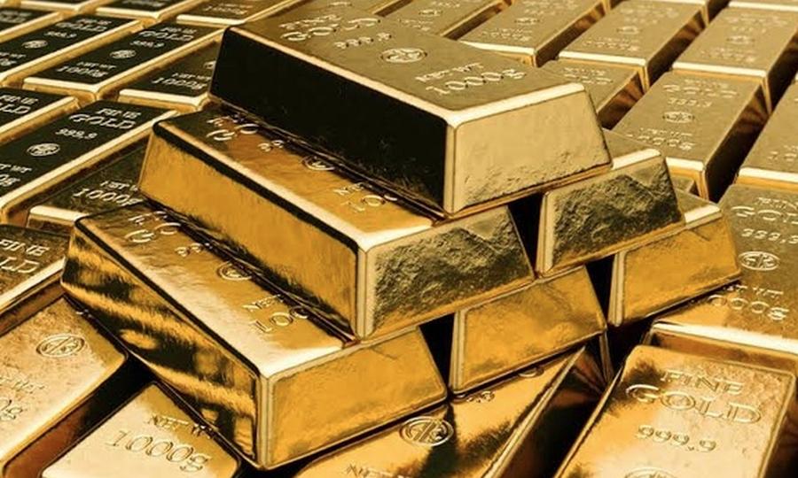 در بازار معاملات آتی آمریکا، هر اونس طلا با ۰.۲ درصد کاهش، به ۱۵۸۴ دلار و ۷۰ سنت رسید.