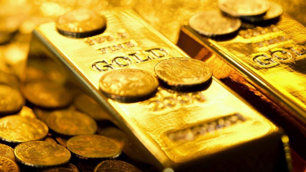 قیمت طلا گرمی ۱۸ عیار در بازار آزاد دیروز، یک میلیون و ۶۳ هزار و ۴۰۰ تومان معامله شد. همچنین  قیمت هر سکه به ۱۱ میلیون و ۴۰۰ هزار تومان رسید. اما امروز برای قیمت طلا و سکه چه پیشبینیهایی میشود؟